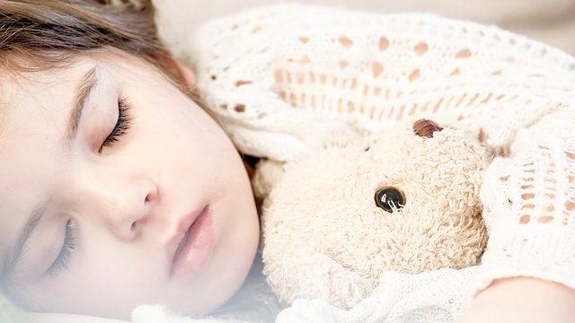 sleeping-1311784_640-640x360